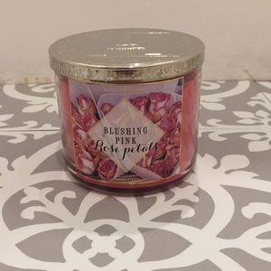 Bath & Body Works Blushing Pink Rose Petals Candle